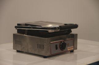 Grill eléctrico simple Cheff 30x39x20 cm