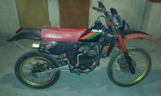 Moto antigua Rieju