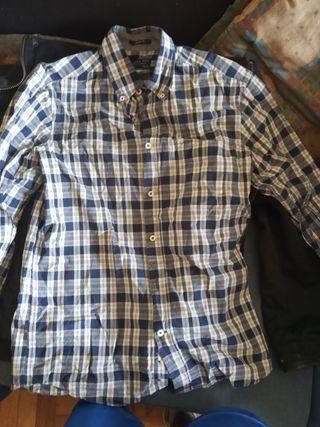 chaqueta y camisa Springfield