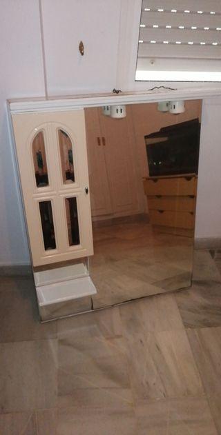 mueble espejo cuarto de baño