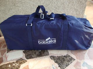 Cuna de viaje plegable de la marca Babideal