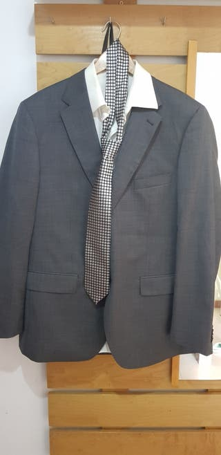 traje completo marca