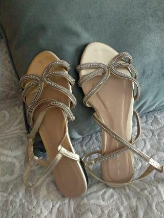 sandalias doradas Sfera talla 38