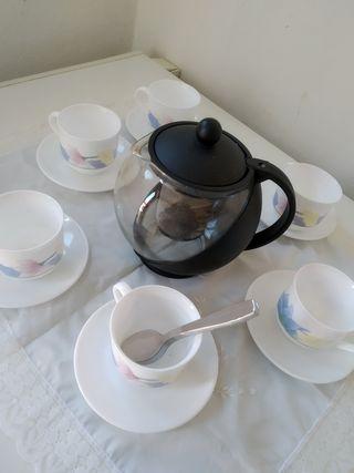 juego de té con tetera
