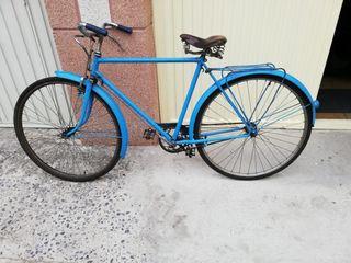 bicicleta antigua con frenos de barilla