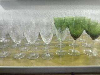 Cristalería casi completa