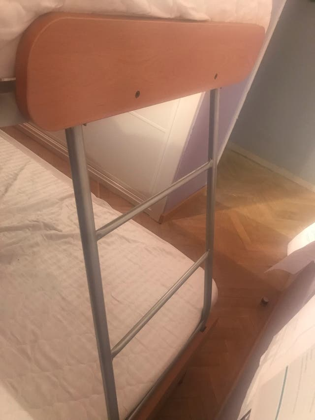 Habitación juvenil camas abatibles