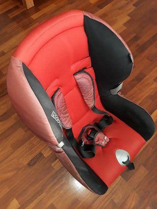 2 sillas coche y alza para niños varias edaded