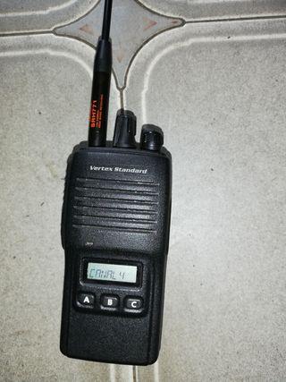 walkie talkie yaesu vertex vx 180 ve