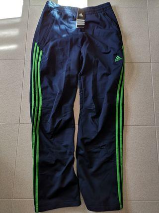 Pantalón Adidas, nuevo