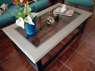 mesa de salon baja negra y gris