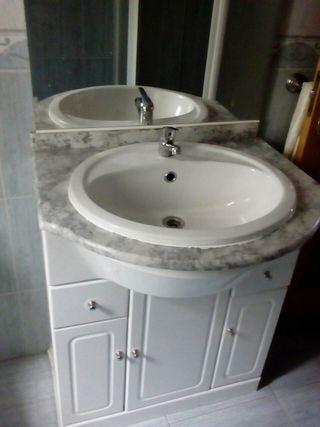 mueble+lavabo+espejo+grifo