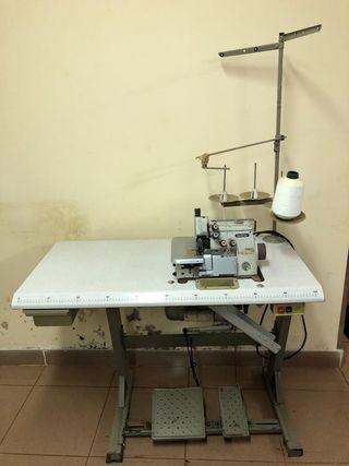 Màquina de coser 'Brother' Overlock