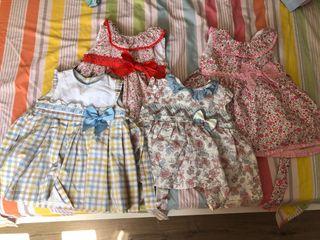 Talla 12 y 18 meses bebe niña. 9 vestidos 30€