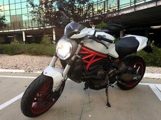 Moto Ducati Monster 821 - 7500 kms