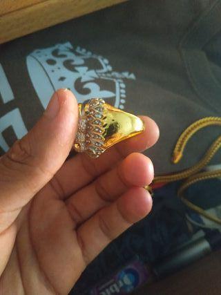 vendo anillo de plata bañado en oro