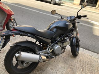 Ducati Monster Black 600