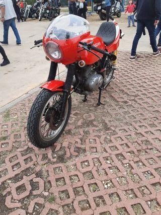 Ducati strada 250 clasica
