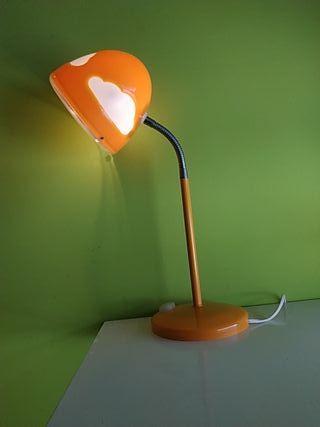 Lámpara de mesa(Ikea).