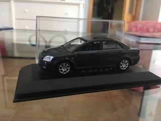 Coche coleccionismo Toyota Avensis