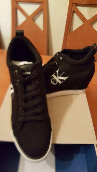zapatillas Calvin Klein Jeans con cuña interna
