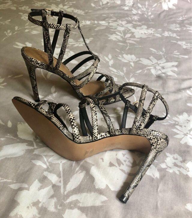 ASOS DESIGN strappy sandals