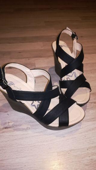 Sandalias negras de cuña y plataforma n°38 Nuevas