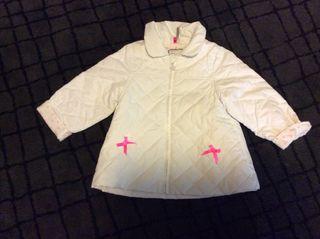 Cazadora, chaqueta guateada blanca, talla 12 meses