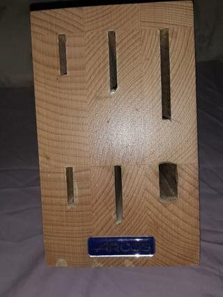tacoma de madera de arcos