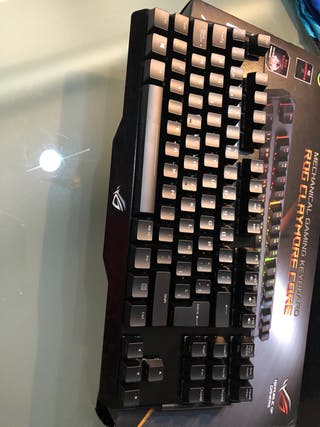 Teclado gaming asus rog claymore core