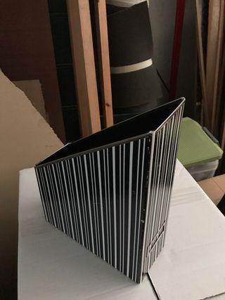 Lote 7 revisteros plegables cartón IKEA