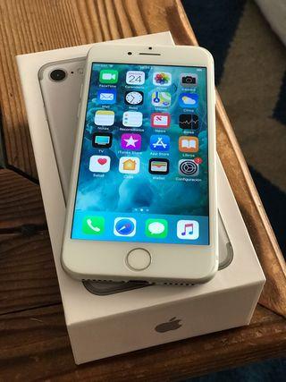 iPhone 7 128gb libre PLATA
