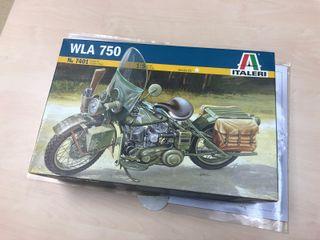 Moto maqueta Italeri 7401 kit de montar Escala 1/9