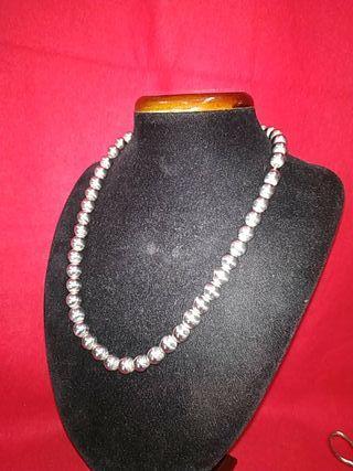 collar de bolas de plata .plata maciza