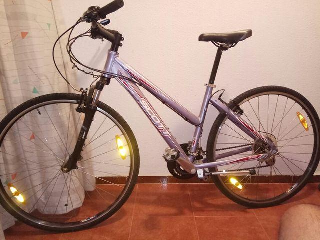 Bicicleta aluminio de paseo Scott Talla M