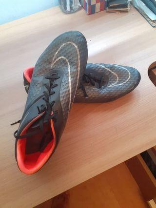 botas de futbol cr7