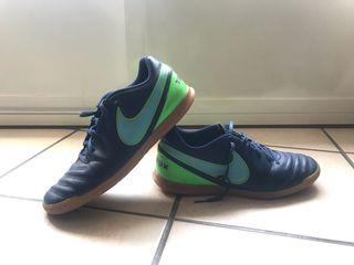 Botas Fútbol Sala Nike Tiempo