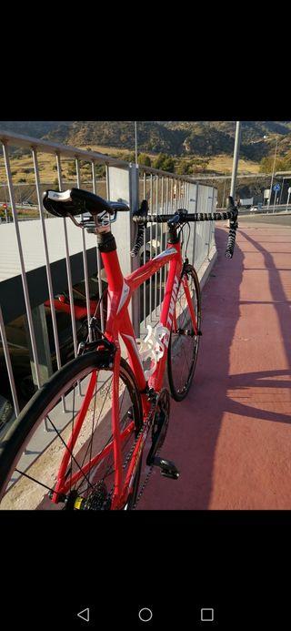 bicicleta de carretera btwin fc700