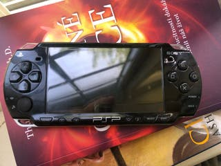 PSP Slim + 8GB Memory Card + Charger + USB Cable