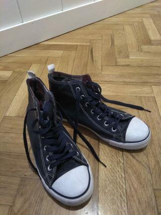 Zapatillas con bota