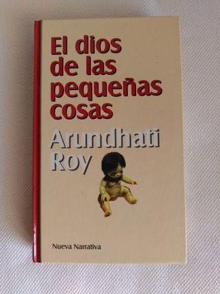 """""""El dios de las pequeñas cosas"""" Arundhati Roy"""