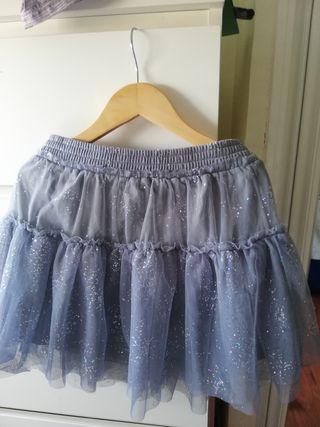 01249a86f Falda Zara gris de segunda mano en la provincia de Madrid en WALLAPOP