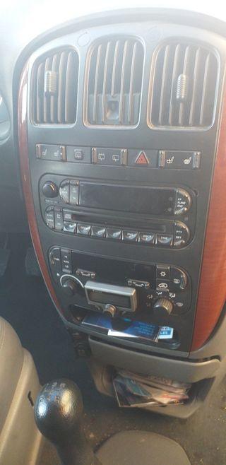 Chrysler Grand Voyager 2004 negociable