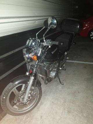 Kawasaki ER5 del 99
