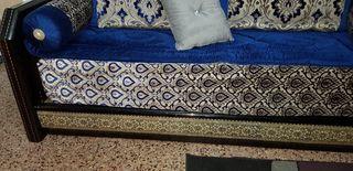 Vendo sofás de marroqui solo maderas i esponjas