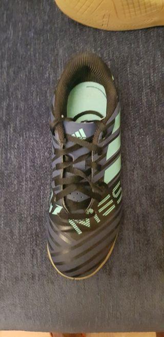 zapatillas de futbol sala Messi para niño/a N° 35