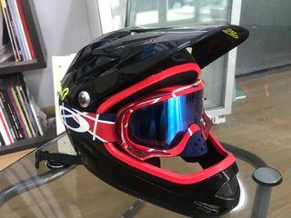 Casco y gafas bici
