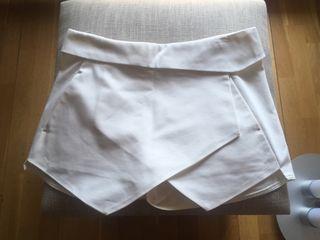54f28c389 Falda pantalón Zara de segunda mano en Móstoles en WALLAPOP