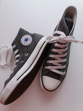 Zapatillas converse de piel niña o niño de segunda mano por