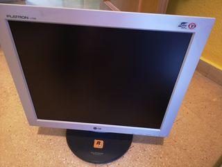 2 monitores pc, benq de 20 y lg de 17 pulgadas